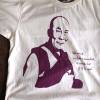 あなたはダライ・ラマのTシャツを着られますか?