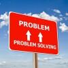「問題とは仕事着を着た解決策のことである。」