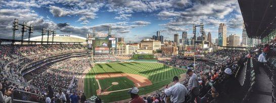 baseball-field-1149153_640